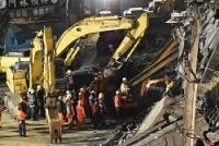 <台湾地震>90時間、生存者か 倒壊ビル、壁たたく反応