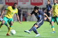 <サッカー>日本、南アに4−1で逆転勝ち チャレンジ杯