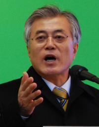 <韓国>大統領選候補が竹島に上陸