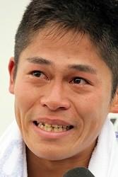 <福岡マラソン>「ホッとした」日本人トップの3位の川内