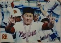 <稀勢の里関>中学時代はエースで4番…野球で鍛えた足腰