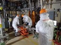 <福島2号機>作業1人5分、数十秒で警報音 内部調査過酷