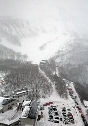 <雪崩>高校生ら8人死亡40人負傷 登山講習中 栃木