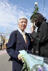 <福知山線脱線12年>娘亡くした母「現場、変えないで」