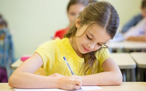 子供にきれいな字を書いてもらいたいママ必見、きれいで力強い文字を書くための練習2つ