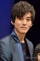 松坂桃李、綾瀬はるかとの交際報道にコメント