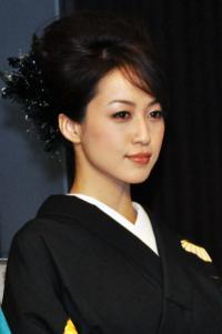 及川奈央が41歳の一般男性と結婚「安心し穏やかな気持ちでいられる方」