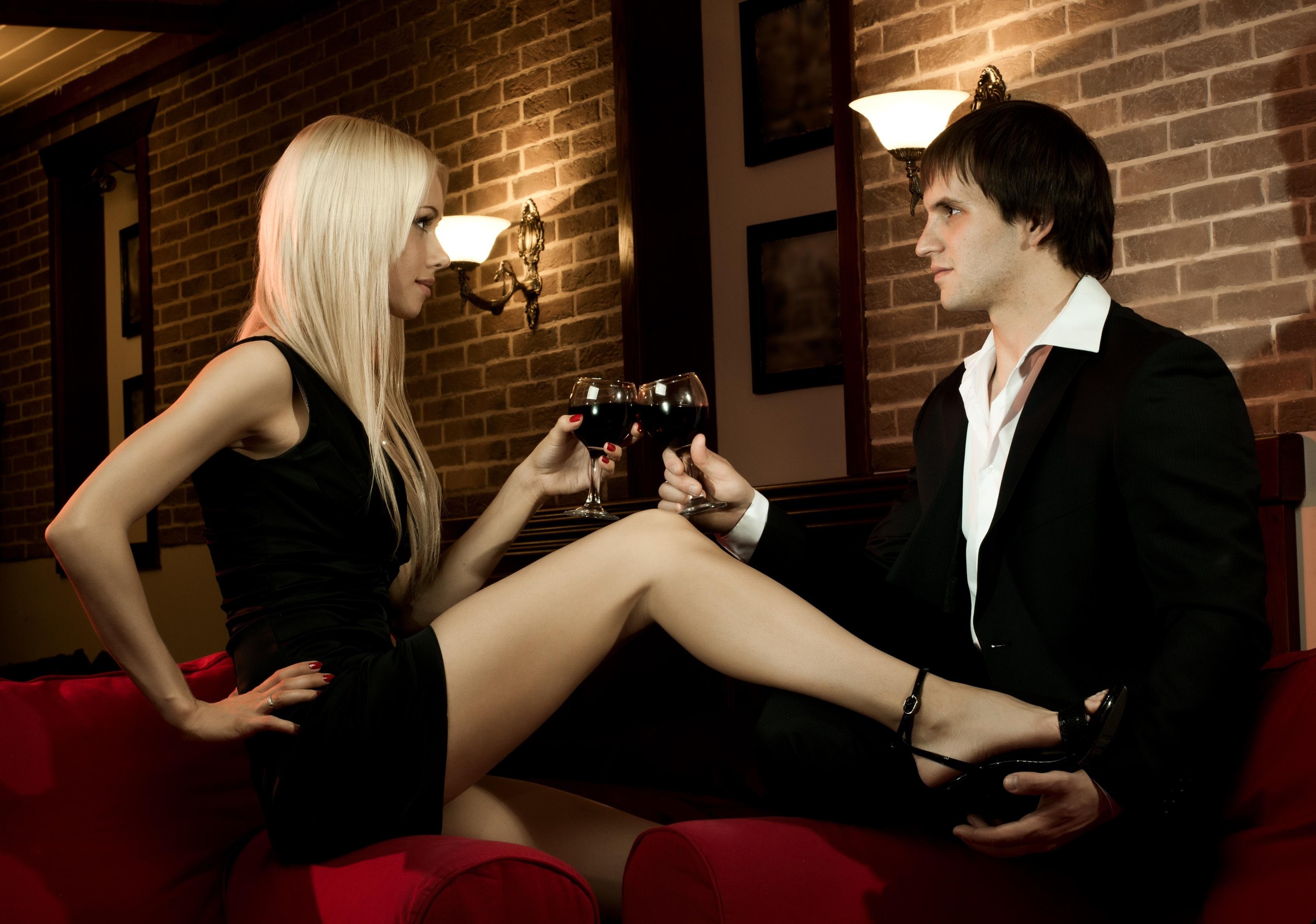 Сексуальный романтический вечер 21 фотография