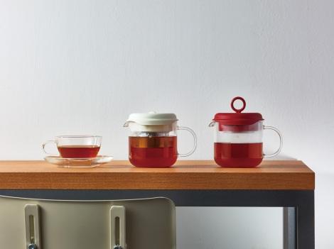 茶葉から淹れる紅茶も手軽に 耐熱ガラスのティーメーカー