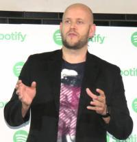 Spotify、ついに日本でサービス開始 歌詞付き機能初導入