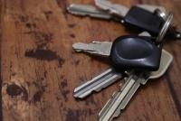鍵番号とメーカーを盗み見すれば簡単にコピーできる恐怖