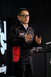 トヨタ 佐吉、喜一郎という創業2代の神格化が進む