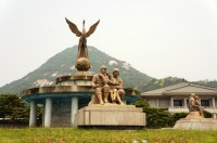 日中韓三国の枠組が重要だ、朴槿恵大統領が強調―韓国メディア