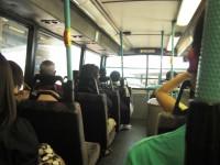 """バスを降りた乗客に運転手が""""ひと言""""、日本の光景に「中国ではあり得ない」と驚き―香港人女性"""