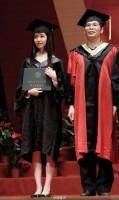 中国一美しい女子大生が卒業スピーチ!会場は歓声に包まれる―中国メディア