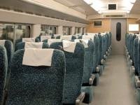 「高速鉄道を時速350キロに戻す?だったら飛行機に乗った方が早い」、鉄道専門家が苦言―中国
