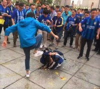 中国サッカーがまた世界に恥をさらした!サポーターの暴力行為排除は日本に学べ―中国メディア
