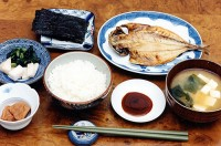 日本人の長寿の秘訣は健康的な食事にあった―中国メディア