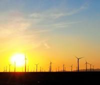 """""""回らない""""韓国の風力発電機、壊れても直せず放置=韓国ネット「それでも国が回ってることが不思議」「これが韓国の技術レベル」"""