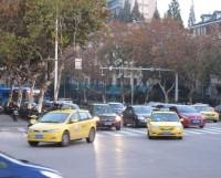 車の前で突然転倒した高齢女性が「ぶつけられた!」と訴え、ドライブレコーダーに映っていたのは…―中国