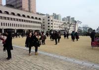 """韓国で""""1人ぼっちの卒業式""""を迎える学生が急増=「今の韓国は全てにおいて間違っている」「外国ではよくみられる光景」―韓国ネット"""