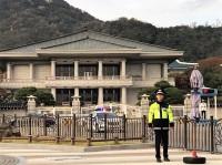 韓国次期大統領選、支持率でトップ走る文在寅氏、対日姿勢で発言を軌道修正、急速に支持伸ばす安熙正氏を意識?