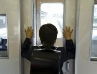 「日本の小学生はなぜ一人で通学できるのか?」=不思議がる米国人を気まずくさせた母親のひと言