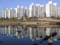 日本人がある食べ物で表現した韓国のマンションの第一印象に、韓国ネットも納得「否定できない」「あまりにそっくりで鳥肌」