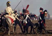 歴史愛好家、ナポレオンの「アウステルリッツの戦い」再現