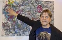 個展の画家は冬眠中、フィンランドでヒグマが描いた絵の展覧会