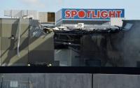 豪メルボルンで小型機が商業施設に墜落、5人死亡