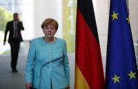 EU外相らが英国に早期離脱求める、独首相は性急な動きけん制