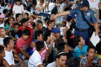 麻薬常用者らが「駆け込み」自首、フィリピン新大統領就任で