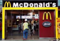 マクドナルド、米既存店売上さえず 人件費上昇の価格転嫁警告