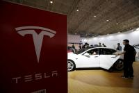 米テスラ、大容量充電池を発表 世界最高の加速力