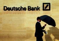 ドイツ銀の苦境鮮明、選挙控え救済に抵抗感 資金引き揚げ報道も