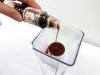 【実験】オレンジジュースすら透明に出来る浄水器『クリンスイ』で醤油をろ過したらどうなるのか?