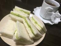 【レシピあり】英国貴族が溺愛『キュウリのサンドイッチ』がウマすぎた! イギリス飯マズイって言ったの誰って叫びたくなるレベルやで!!