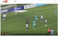 【珍プレー動画】ゴールキーパーが自陣から超ロングシュートをぶち込んで決勝点