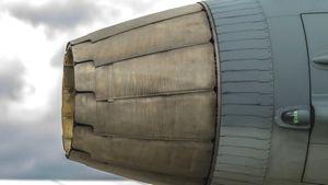 「J-20」戦闘機・・・やはり役立たず! 「WS-10」国産エンジンの搭載断念か=中国メディア