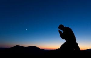 日本で見た台湾震災への祈りに感激 寒風吹きすさぶ街頭で支援呼びかける姿も