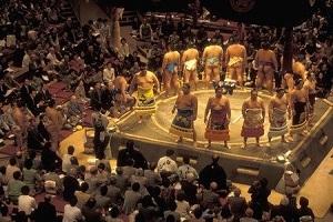 えっ、こんなものまで? 「お相撲さん」の優勝賞品の数々に、中国人も仰天!