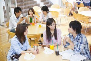 なぜこんなに違う! 日本の大学の学食を見たら、中国の学食が貧相すぎて泣けてきた=中国メディア