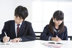 日本の学生服を羨ましがる中国人、中国が「ダサすぎるジャージ」の理由