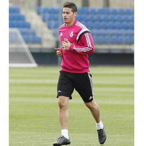 レアル、右足第5中足骨骨折のJ・ロドリゲスがチーム練習に復帰