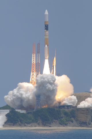 H-IIAロケット、情報収集衛星光学5号機の打ち上げに成功