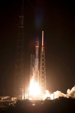 アトラスVロケット、磁気圏観測衛星「MMS」の打ち上げに成功