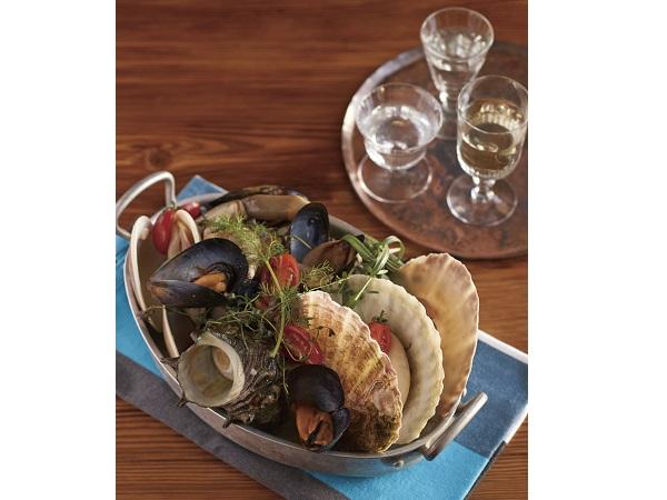 粋な一夜に酔いしれて!キハチ流貝づくし料理と地酒「加賀鳶」の饗宴