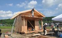 """仮設住宅に""""小屋"""" 熊本の「ちいさいおうちプロジェクト」とは"""