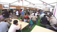 熊本・益城町 被災商店が屋台村で営業再開